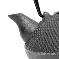 南部鉄器 南部鉄瓶 平丸アラレ(鉄蓋)黒